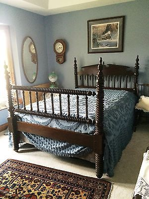 Antique-GOTHIC-SPOOL-BED-BLACK-WALNUT-EARLY-1800S-AUTHENTIC-4-POST-SPINDLE