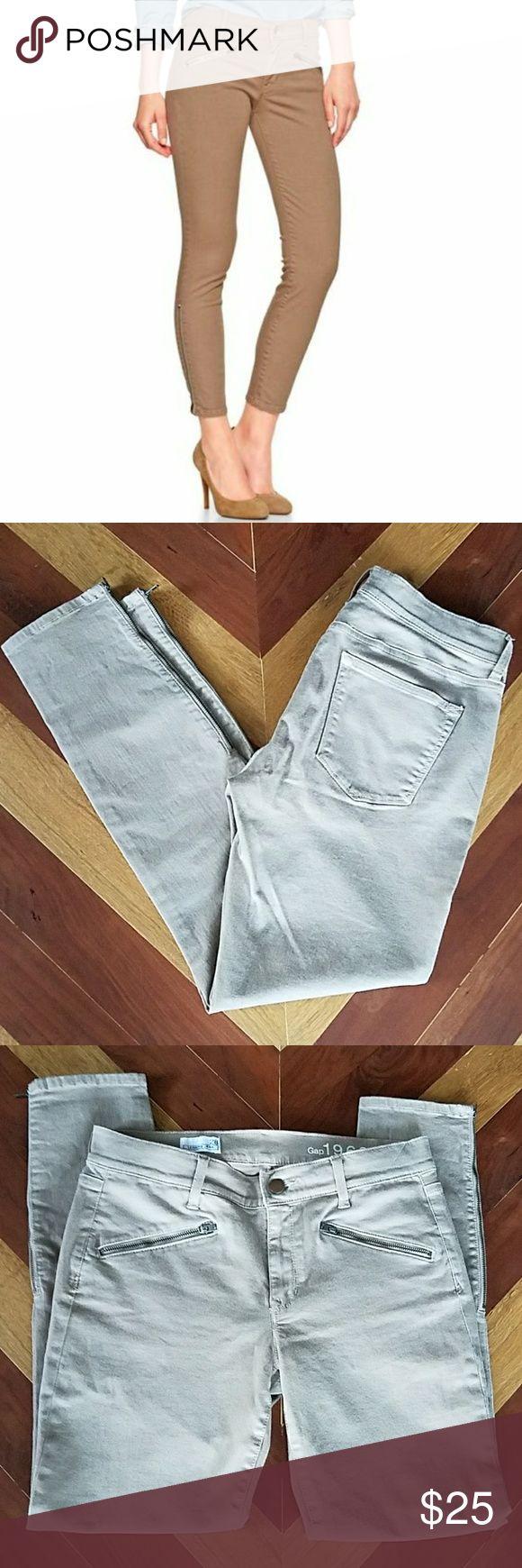 "Gap Khaki Zipper Ankle Legging Jeans Khaki legging jeans. Ankle length. Zipper front pockets and at ankle size seam. All zippers work. No major wear, in great shape.   Waist =14.5"" Inseam =26.5"" Leg opening =5"" GAP Jeans Ankle & Cropped"