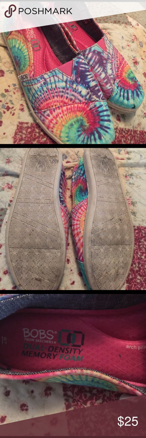 Bobs tie die shoes women's 7 memory foam like new Hard to find! Worn a few times Skechers Shoes Flats & Loafers