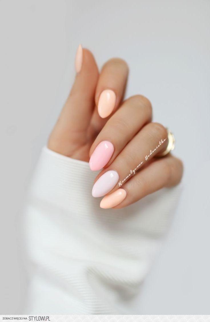 Nails color tones