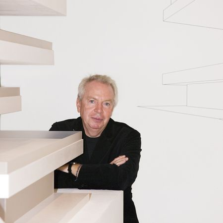 """David Chipperfield. (born 1953, London, UK). (Royal Gold Medal, 2011). http://www.davidchipperfield.co.uk/. http://www.architecture.com/Awards/RoyalGoldMedal/RoyalGoldMedal2011/RoyalGoldMedal2011.aspx. http://designmuseum.org/design/page74915. http://youtu.be/E7SqyuURn_o (""""Recent Work""""). http://youtu.be/BEIp4OlJ5O0 (""""at UCD School of Architecture"""")."""
