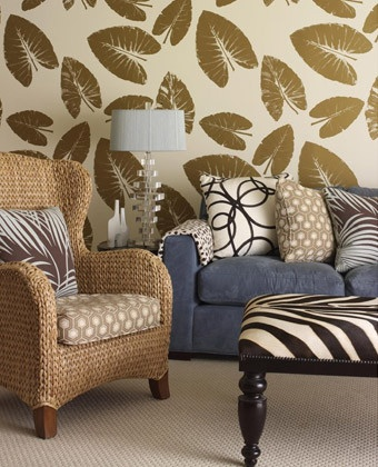 Mixing patterns with neutral colors