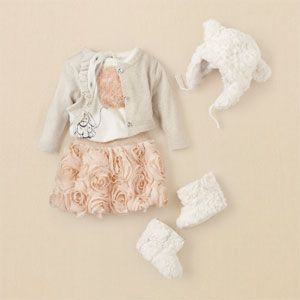 OMG! If I am having a little girl, I MUST have this outfit!