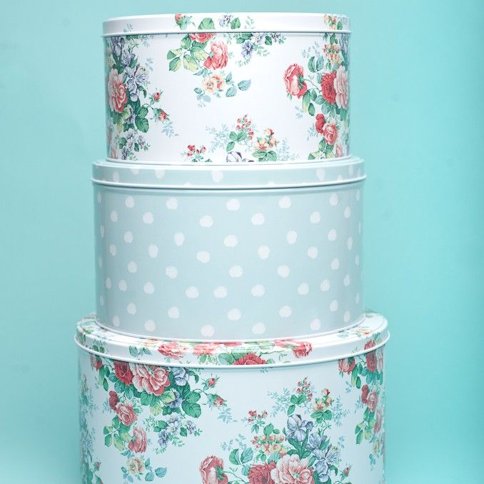 Vintage style blue and rose flower patterned cakes tins !