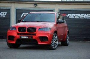 Fostla BMW X5 - DER BMW E70 X5 M ALS PROJEKTAUTO von FOSTLA.DE Die Vorteile einer Teil- oder Vollfolierung eines Automobils im Vergleich zu einer Teil- oder Volllackierung haben sich offensichtlich längst auch bis zum letzten Autofreak herumgesprochen  Read more: http://www.geniales-tuning.de/fostla-bmw-x5.html#ixzz38wXhFdzL Follow us: @genialestuning on Twitter | genialestuning on Facebook