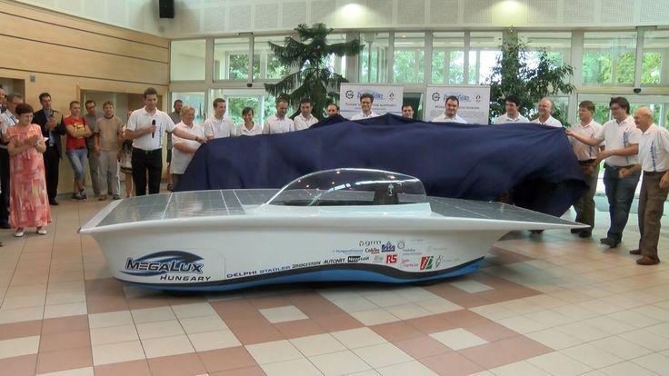 Bemutatták a Kecskeméti Főiskola napelemes autóját