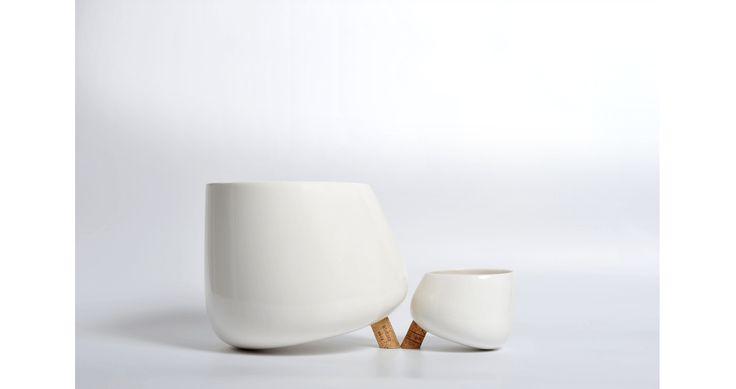 LEVANTE. Alessandro Zambelli (2014) ceramic and cork. bowls