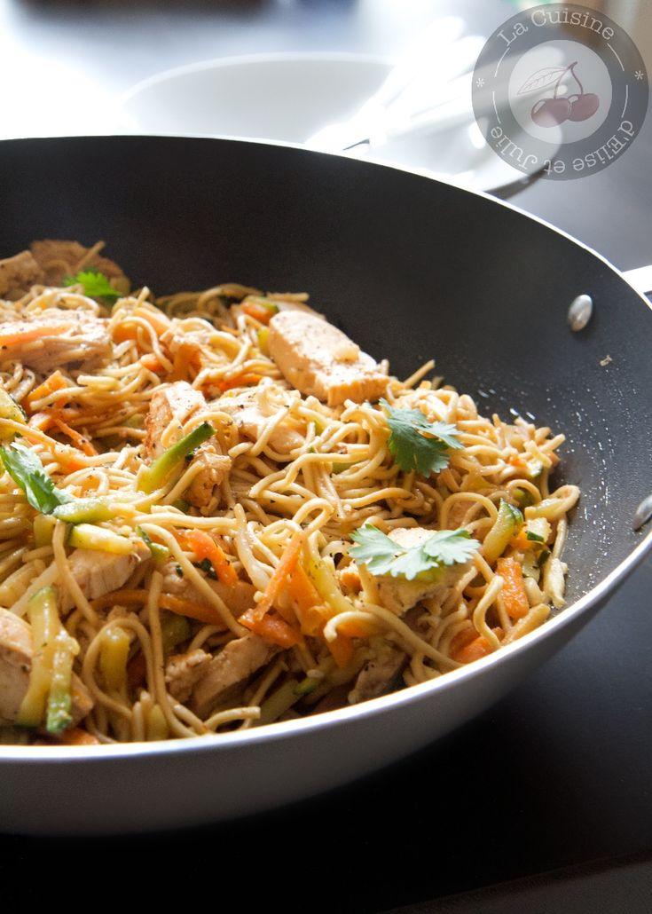 Nouilles chinoises aux légumes et poulet au miel :: La cuisine d'Elise et Julie