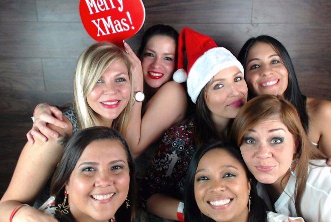Happy Holidays from BBM Lowe Panama!