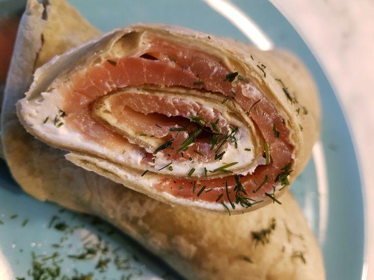 Τορτίγια+με+Τυρί+Κρέμα+και+Σολομό