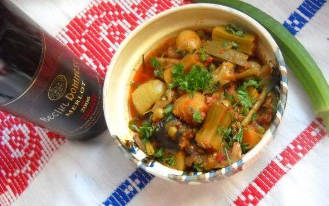 FOTO Reteţă de post apetisantă. Ghiveci călugăresc delicios şi uşor de preparat, o armonie perfectă de gusturi şi culori