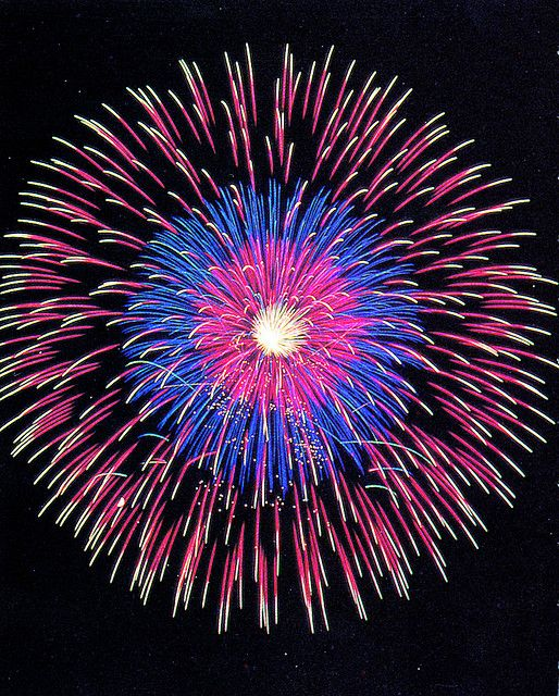Epic Fireworks = Quality Fireworks by EpicFireworks, via Flickr
