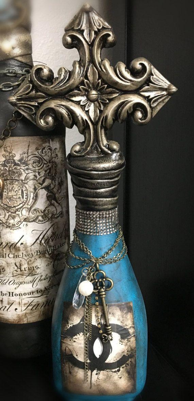 Botella hecha a mano de Deorative por PremiereDesign en Etsy