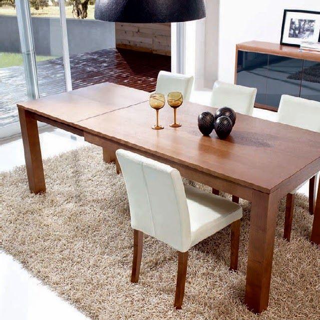Comedor de Expormim. Mesa rectangular extensible y sillas tapizadas. De madera de roble, acabados tinte y sólido (blanco laca). Estilo contemporáneo.
