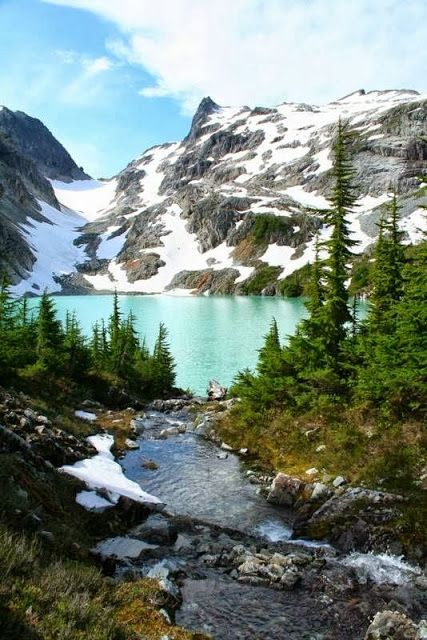 ✯ Beautiful Jade Lake in the Necklace Valley, Alpine Lakes Wilderness,WA.