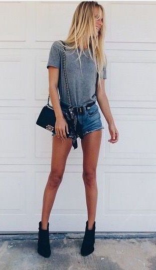 #street #style / gray tee + denim short shorts