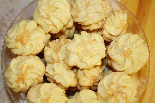 Resep Kue Kering Semprit Sagu Keju Renyah Gurih Dan Cara Membuat Kue Sagu Keju Lengkap Olahan Kue Bangkit Sagu Dan Cara Buat Kue Sag Kue Kering Resep Kue Resep