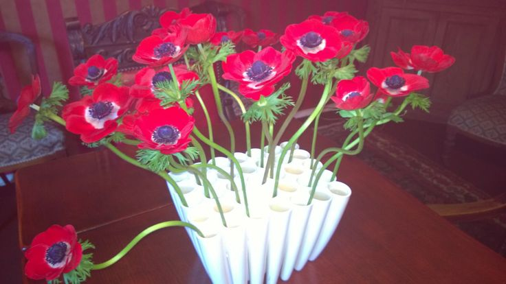 Dining room flowers - simple but effective