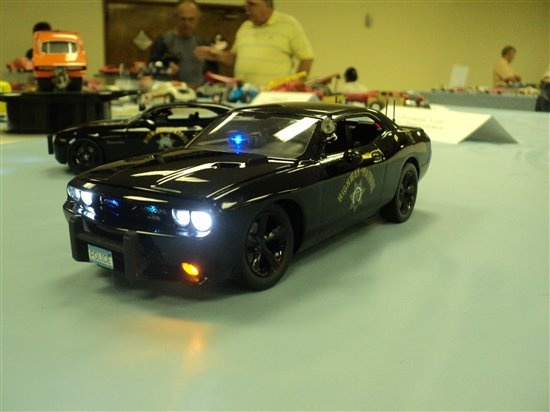 Also downloaded from the Gallery in the Scale Auto Enthusiast Magazine website (scaleautomag.com) is this pic of one builders interpretation of the new Dodge Challenger, as a police interceptor. Notice that this model builder has taken the time to produce not only a realistic looking replica, but he's used police car details, and decals, and even went to the trouble of installing operating headlights, parklights, and emergency beacons! Lots of work, great model!