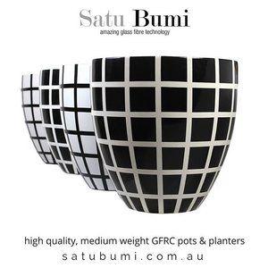 #gfrc #gfrcconcrete #garden #paintedpots #mediumweight #indoorgarden