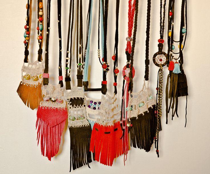 sara wiss, collares, cuero, atrapasueño, crochet design, diseño