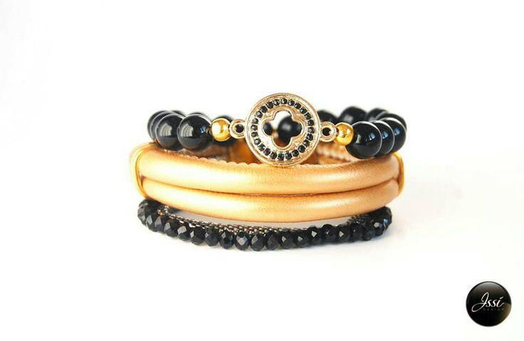 Glamour set ; bracelets set by Issi; leather; onyx ;