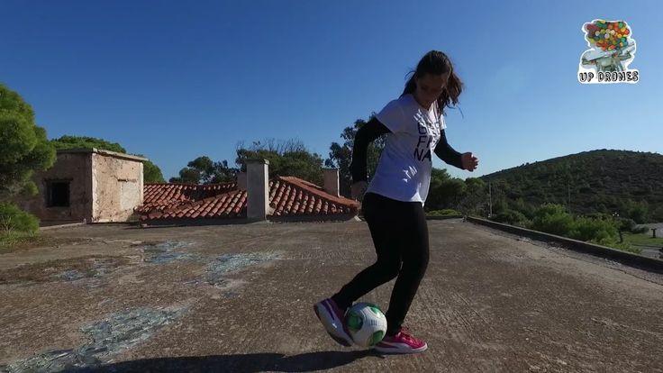 Κατερίνα Καραλή Freestyle Football στα ερείπια του εγκαταλειμμένου Belve...