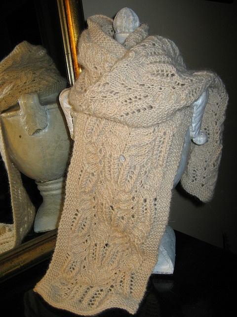 Free Victorian Lace Crochet Patterns : Free Pattern: yorkiegirls Victorian Lace Scarf Knitting ...