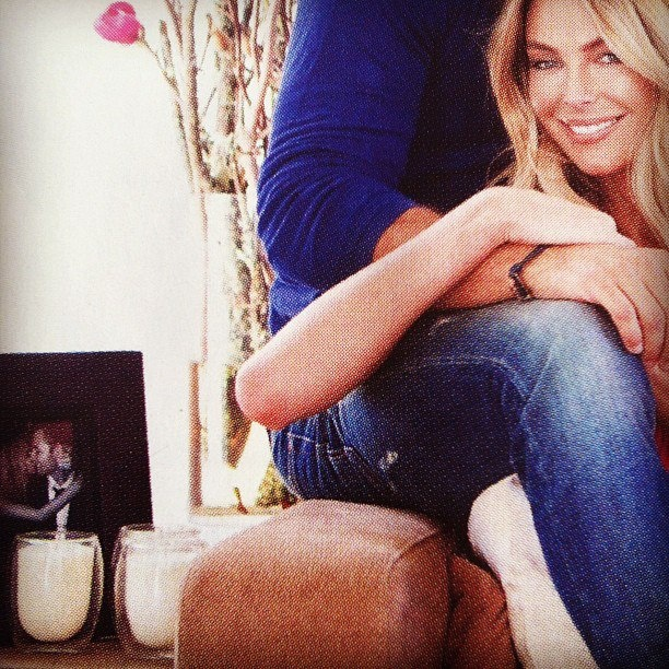 @JenHawkins_ at home with @voyagercandles