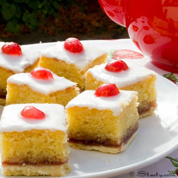 Buttery almondy bakewell squares. Incredibly delicious.