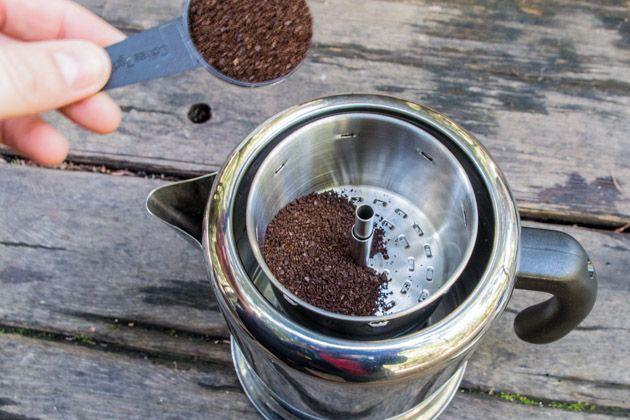 Comment préparer le café dans une cafetière percolateur