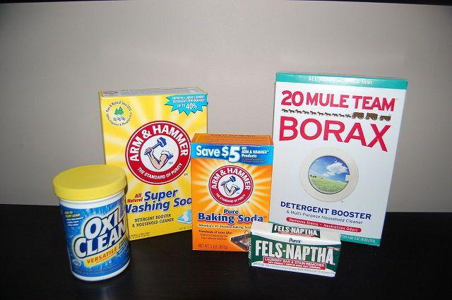 LAUNDRY DETERGENT INGREDIENTS  1 (4 lb 12 oz) Box of Borax  1 (3 lb 7 oz) Box of Arm & Hammer Super Washing Soda  1 (3 lb) Container of OxiClean  2 (5.5 oz) Bars of Fels-Naphta  1 (5 lb) Bag of Arm & Hammer Baking Soda