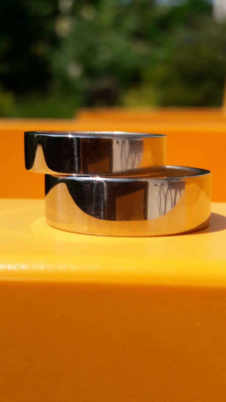 #handstark #handmade #eheringe #weissgold