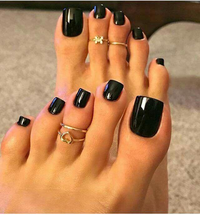 Pretty Glossy Black Toe Nail Polish | Nail Art Design | Nail Polish Colors | Gel Nail Art ...
