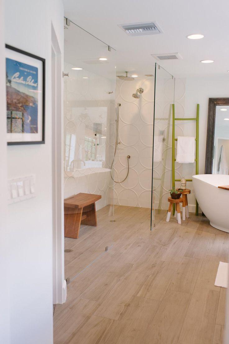 Master bathroom spa ideas - 10 Walk In Shower Designs To Upgrade Your Bathroom Handicap Bathroomspa Bathroomsmodern Master