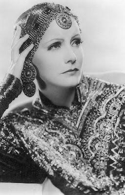 """Vintage Glamour Girls: Greta Garbo in """"Mata Hari"""""""