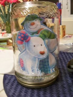 Crafty Moms Share: The Snowman and the Snowdog #snowman #snowglobe