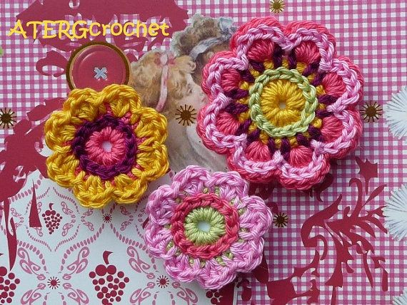Love the detail on these crochet flowers!Crochet Flowers, Crochet Ideas, Knits Crochet, Crochet Squares, Crochet Magnets, Crochet Jewelry, Flower Sets, Crochet Inspiration, Sets Magnets