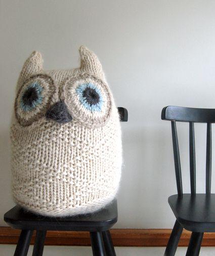 Knit owl pattern