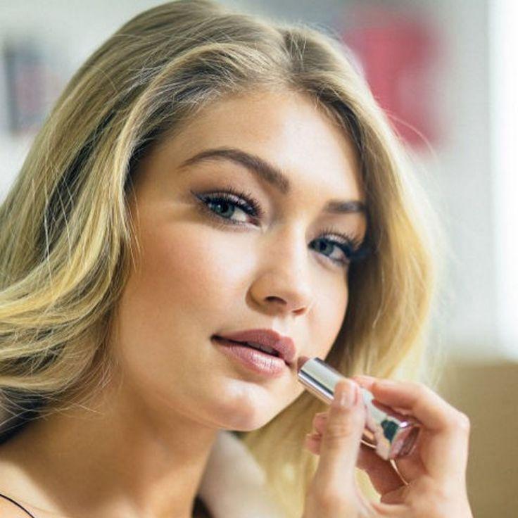 What's Gigi Hadid's favorite Maybelline lipstick? It's Color Sensational Creamy Matte in 'Daringly Nude'!