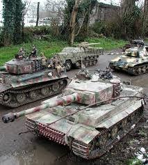 RC Tank Wars | Redlineremotecontrol.com
