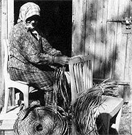 Tuntematon kaislanpunoja Suomen käsityön museon kuva-arkistosta K0167/1035.
