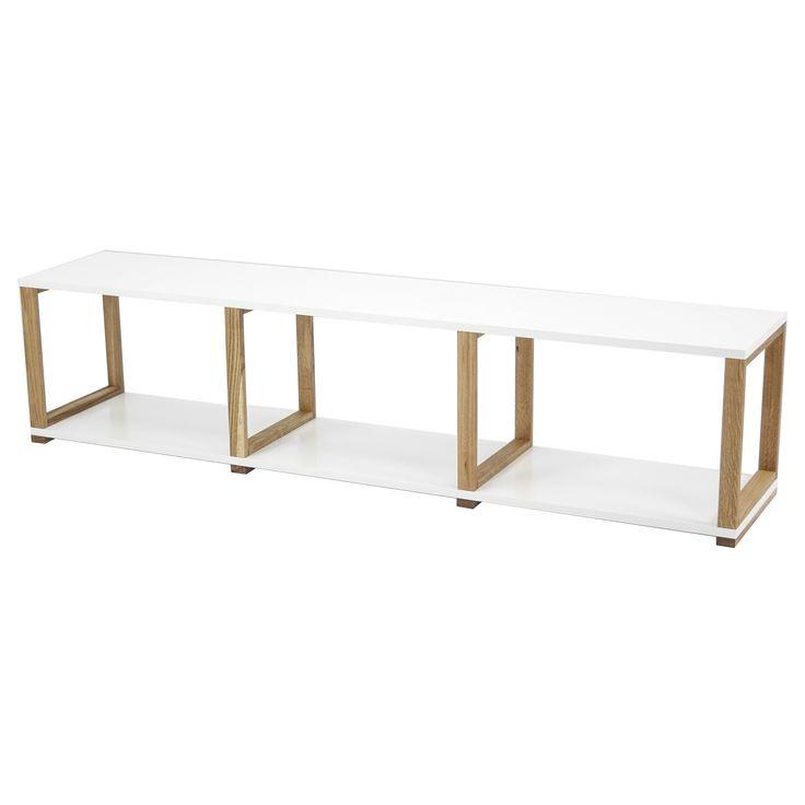 Of je de Tenzo Art nu gebruikt als boekenkast, stellingkast of room divider, deze stijlvolle kast zal jou niet teleurstellen. Het stabiele frame is gemaakt van geolied eikenhout en de planken zijn van mat gelakt spaanplaat. Waar gebruik jij 'm voor?