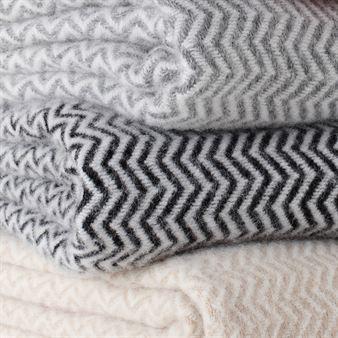 14.11.15. Cream, greys and blacks. th2designs.