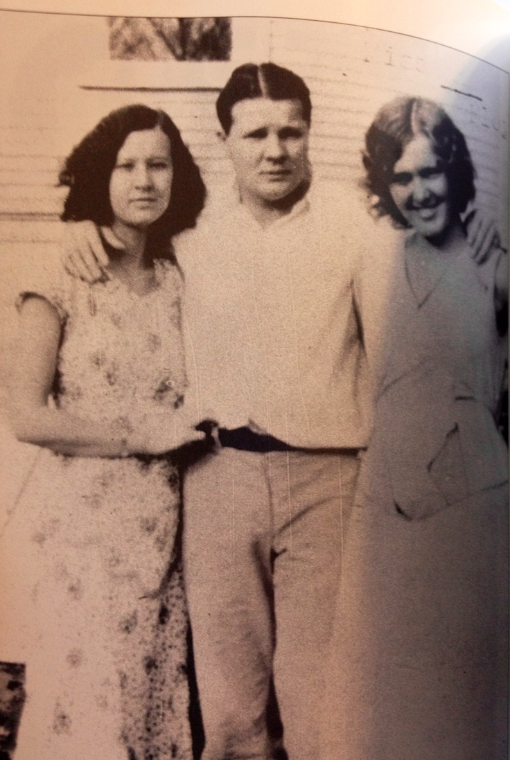 """From left to right: Floyd's ex-wife Ruby, Charles """"Pretty Boy"""" Floyd, and Bessie Mayberry (Ruby's aunt) at Tulsa, Oklahoma, in 1932. FBI archives  From: The Life and Death of Pretty Boy Floyd by Jeffery S. King"""