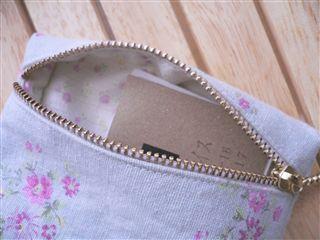 ミニミニポーチ(ファスナー付き)作り方 - ちくちくにっき (布小物の小花さんち)