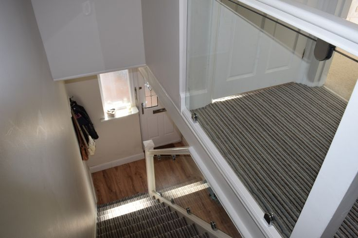 Glass stair balustrade in St Albans – After (5/7)