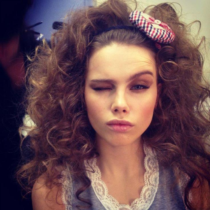 Big curly hair by Elisa Rampi