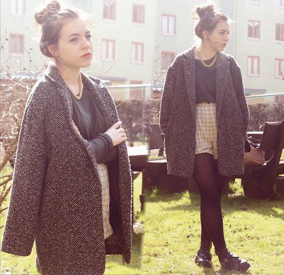 Oversized grey marl coat. Checked shorts. Forever 21 Necklace, Zara Short Khaki Shirt, Primark Coat, Thrift Store Diy Shorts