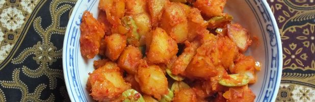 Kentang blado - pittige, gekruide aardappelblokjes - Kokkie Slomo - Indische recepten